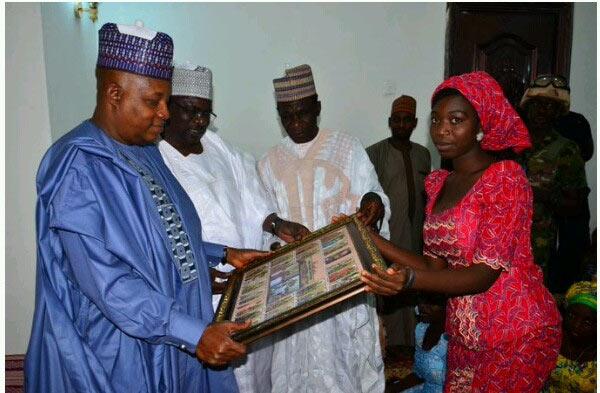 Chibok girls present Borno State governor with gift