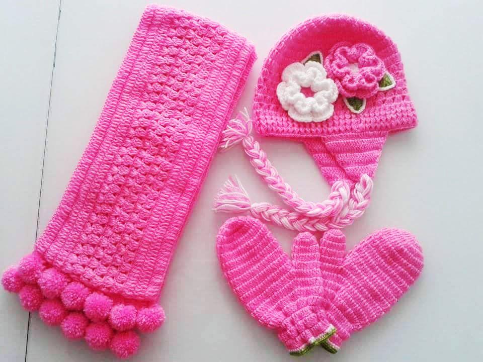 Bufanda y Gorros tejidos rosada para niña