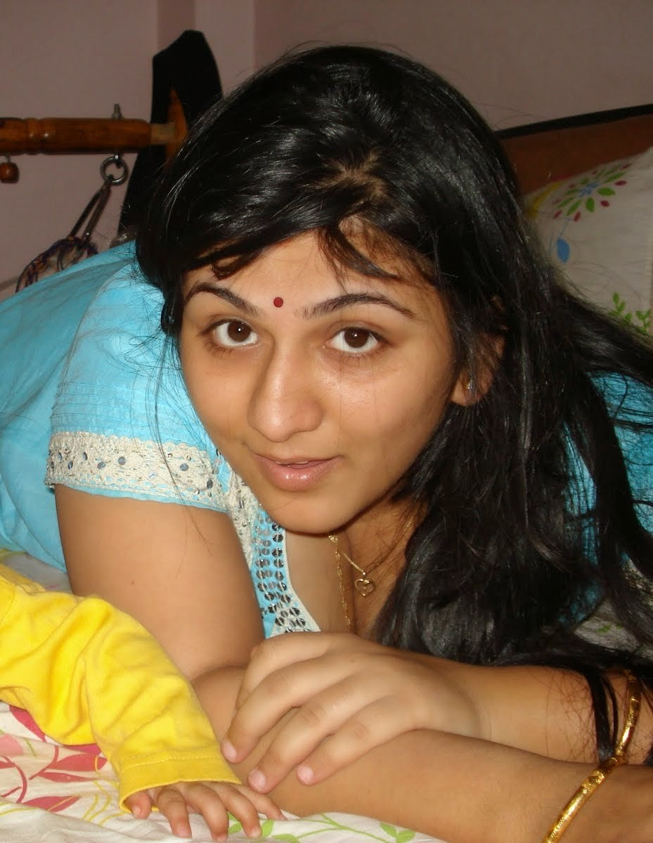 Desi Beautiful Bangladeshi Girls And Housewife Cute Photos -8830