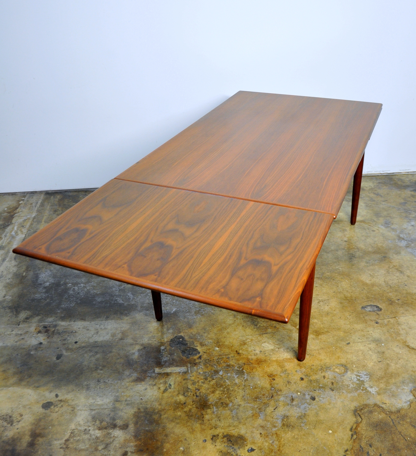 Expandable Dining Room Tables Modern: SELECT MODERN: Danish Modern Teak Expandable Dining Room Table