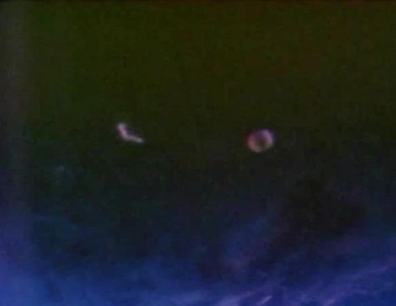 UFO SIGHTINGS DAILY: 11/1/13 - 12/1/13