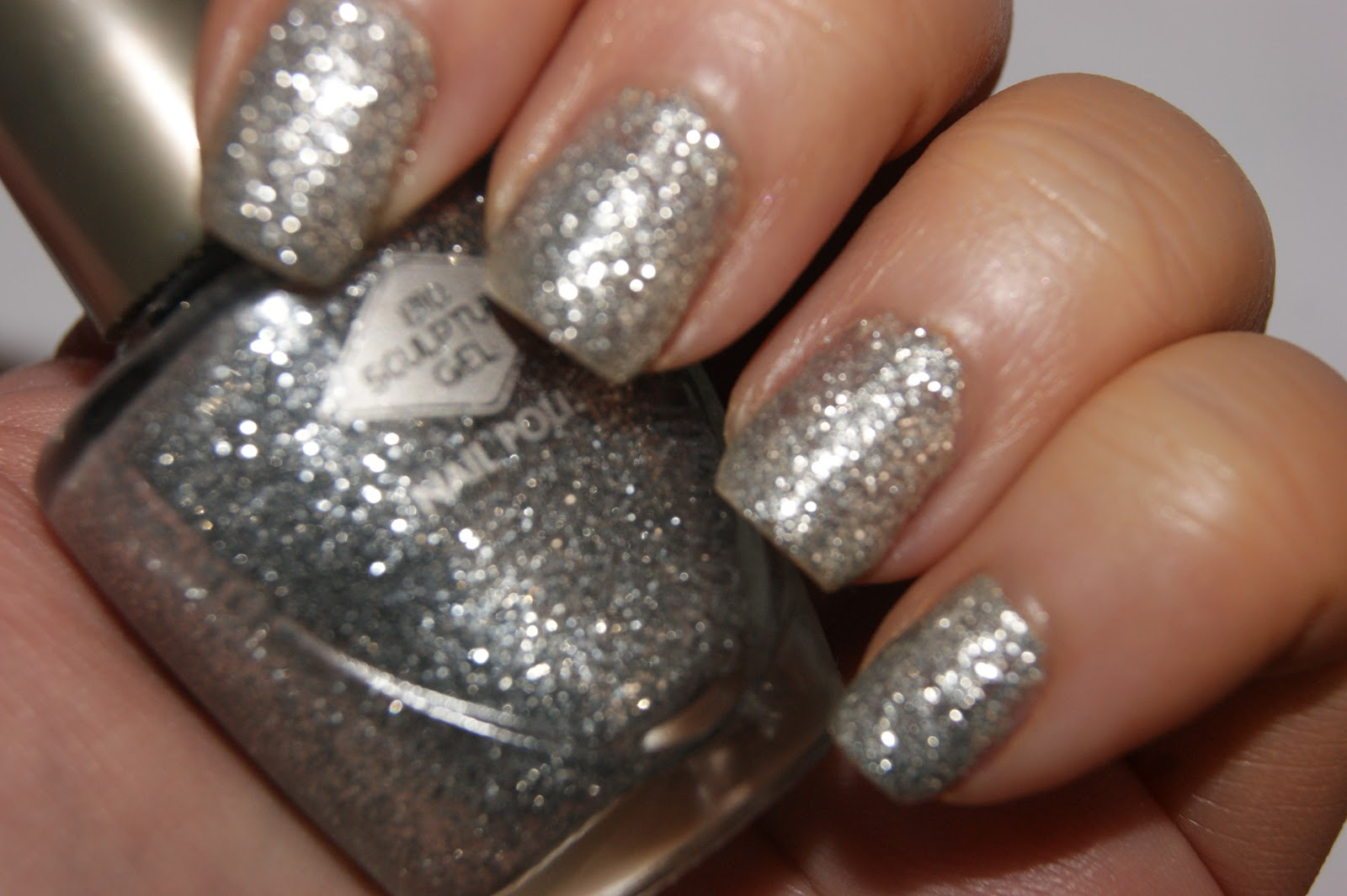 Bio Sculpture Gel Nail Polish in 106 Duchess - Review   The Sunday Girl