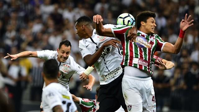 7be302d8035ff Jornalheiros  Ficha Técnica  Corinthians 3 x 1 Fluminense