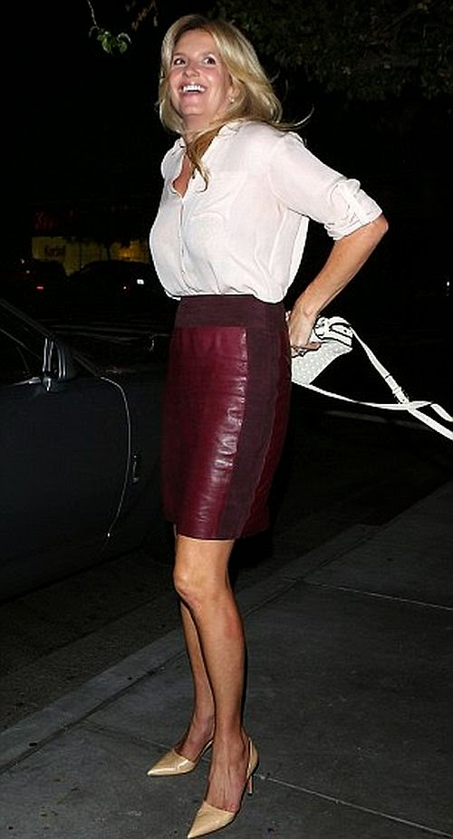 Penny Lancaster Had Dinner In A Red Leather Skirt With Rod