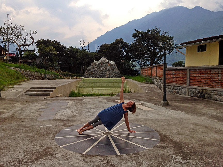 yoga+comfort+clothing - Soul Flower in Ecuador