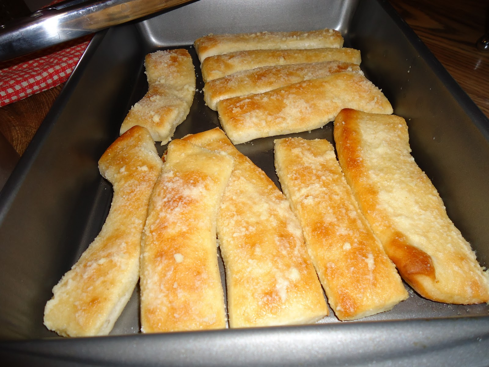 Little Ceasers Cheese Bread Recipe