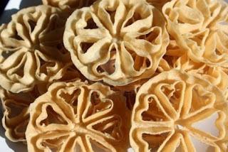 Resep Kue Kering Kembang Goyang Renyah Dan Sederhana
