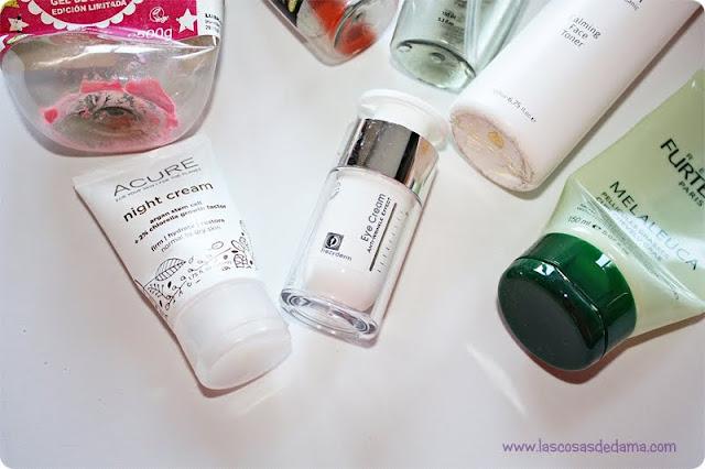 Productos terminados cosmética belleza lush baño facial corporal cabello