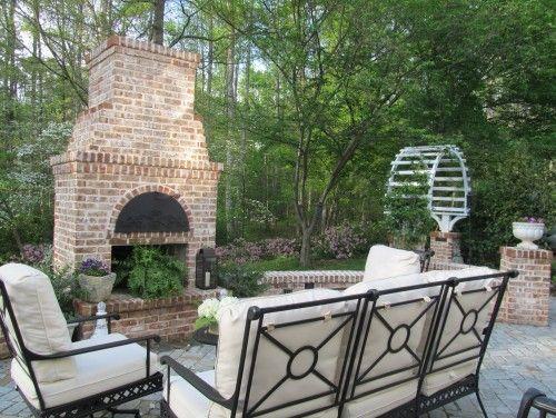 outdoor-living-brick-fireplace