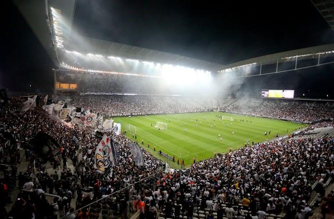 """Paulo Guedes fala em """"pênaltis roubados na Arena"""" e Corinthians manda resposta"""