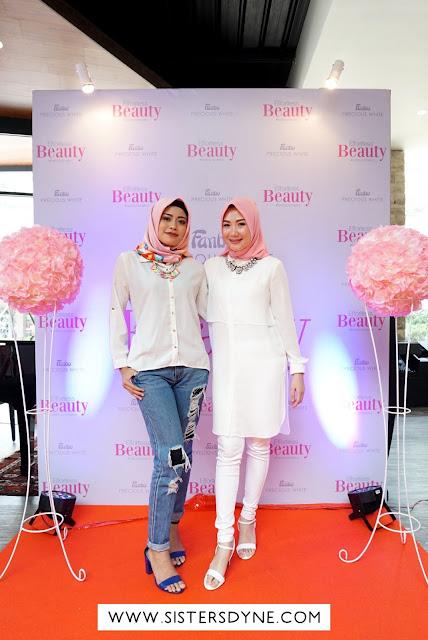 Hani Hikaru Beauty Blogger