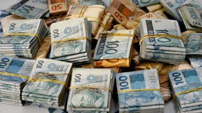 Resultado de imagem para dinheiro publico