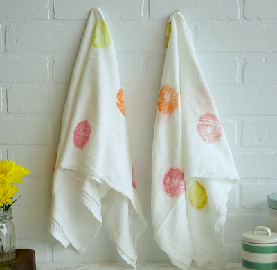 stamped towels, diy home decor, diy projects, do it yourself projects, diy, diy crafts, diy craft ideas, diy home, diy decor