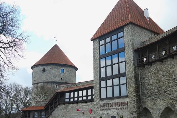 estonie tallinn vieille ville remparts