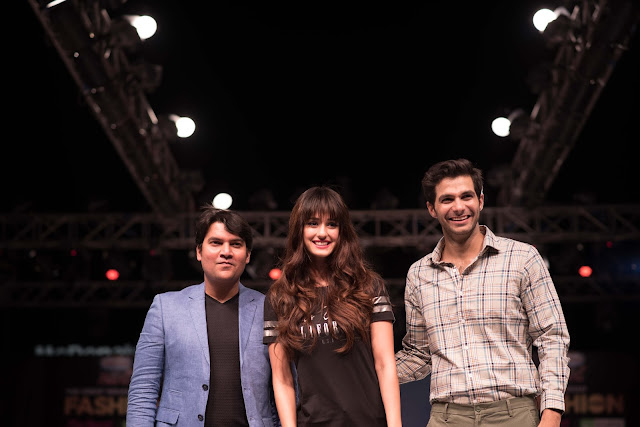 Bolloywood Diva Disha Patani & Mr. India Arry Dabas walked the ramp and showcased the Summer Collection at The Great Indian Fashion Week, Noida
