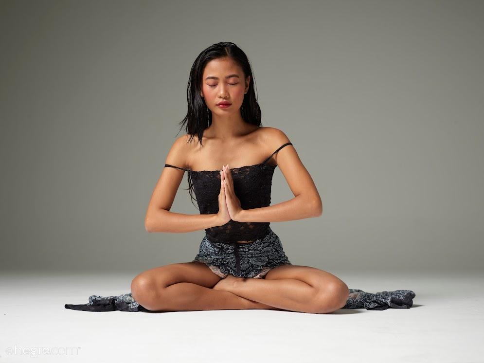 [Hegre-Art] Hiromi - Sensual Spiritual sexy girls image jav