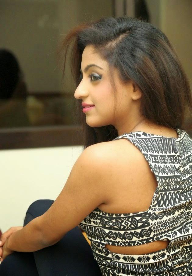 Vriti Khanna at Calling Bell Movie Release Pressmeet Photos