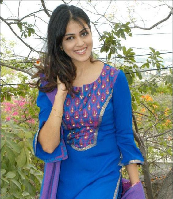 Cute Genelia in Blue Genelia Bollywood Actress Gallery