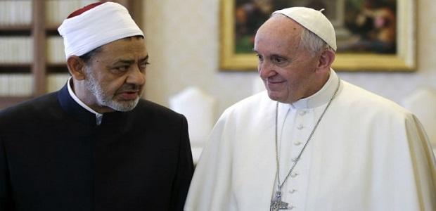لقاء شيخ الازهر وبابا الفاتيكان نصف ساعة من الود المصطنع