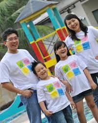 Model Kaos Bola Keluarga Plus Anak Terbaru