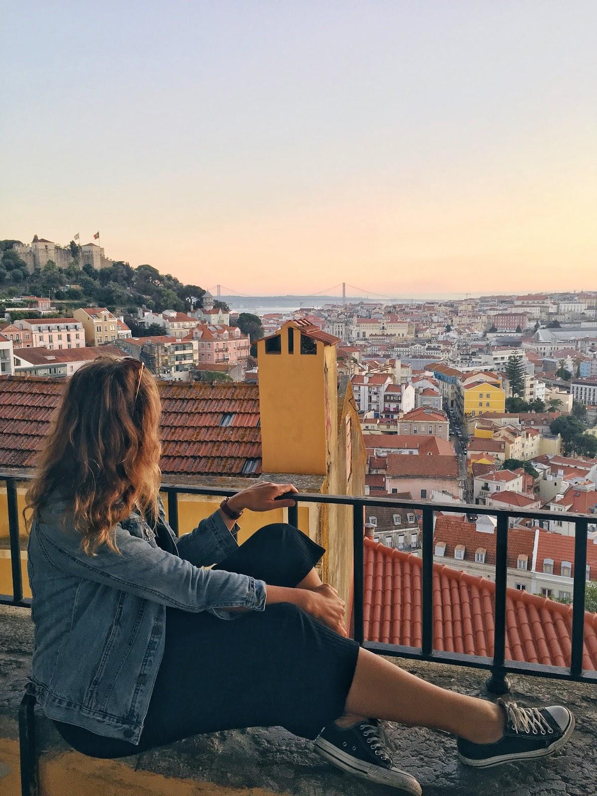 Lisbon, Portugal, Ejnets