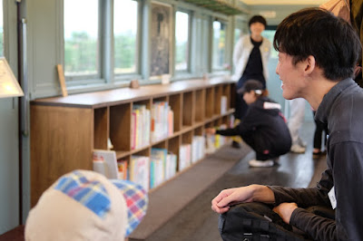 安曇野ちひろ美術館 トットちゃん広場 モハ 電車の図書室