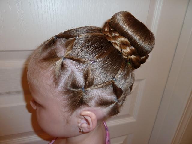 Cute%2BEasy%2BHairstyles%2BFor%2BLittle%2BGirls%2B%252816%2529 30 Cute Easy Hairstyles For Little Girls Interior