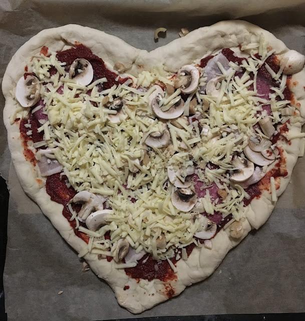 Przepis : Pizza