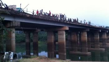 AGAIN? Woman Jumps Into Lagoon From Bridge In Lagos