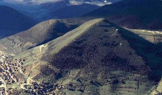 Gunung Unik Piramida Yang Terletak Di Bosnia