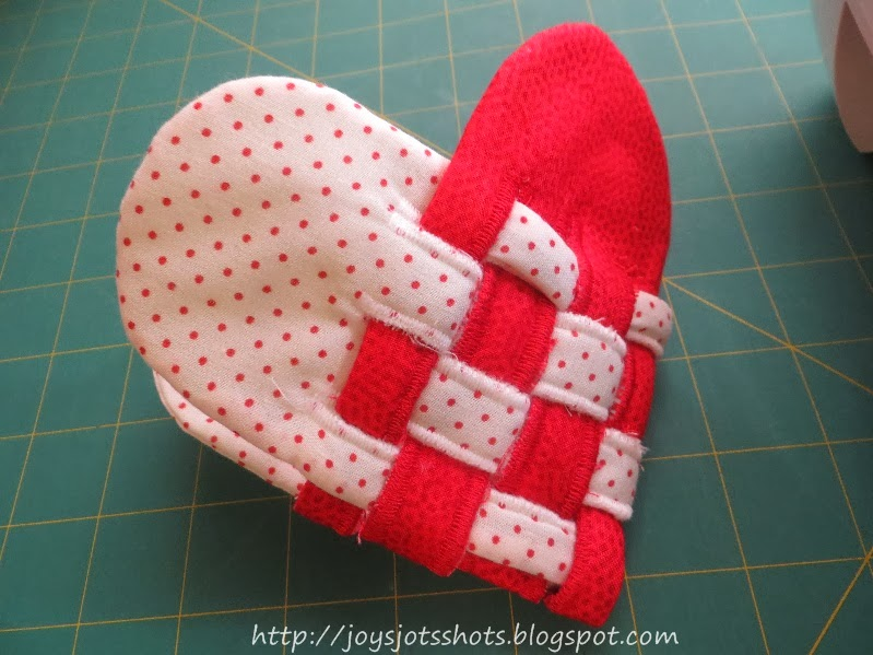 http://joysjotsshots.blogspot.com/2014/01/woven-fabric-heart.html