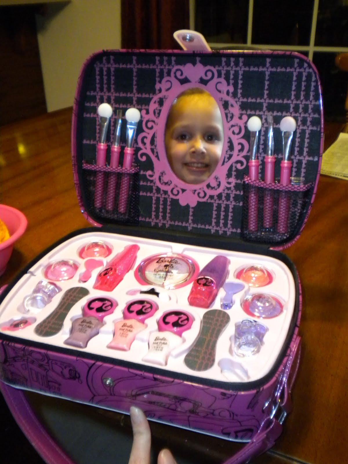 DIY Miniature Barbie Makeup Kit Box. DIY for Kids - YouTube  |Barbie Makeup Kit For Kids