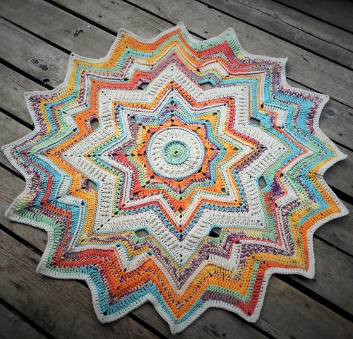 Mini Galaxy of Change - Free Pattern