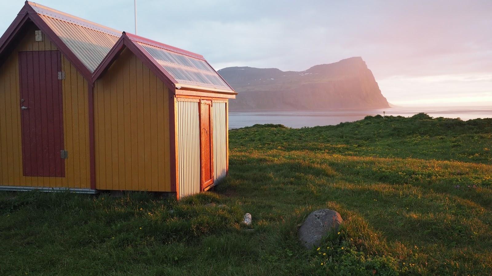Hornstrandir, zachód słońca, trekking Islandia