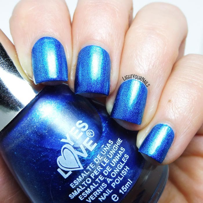 Smalto blu metallizzato Yes Love Mirror 38 blue foil nail polish #yeslove #lightyournails #nails #unghie