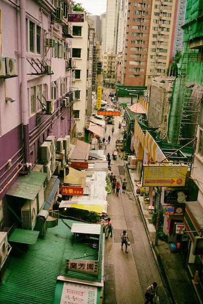 セントラルは香港きっての金融/ビジネスエリア、そしてソーホーはおしゃれエリアのはずだが