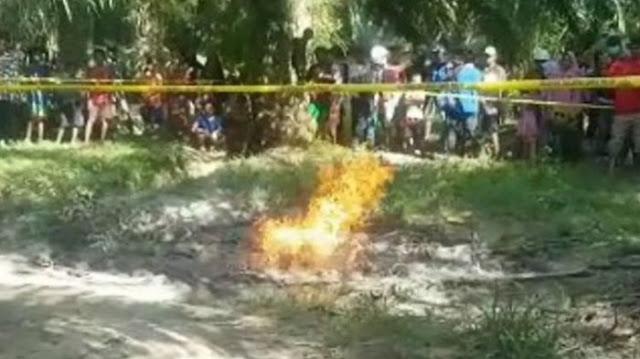 Pasca Gempa, Warga Mamuju Tengah Dikejutkan Semburan Api Setinggi 2 Meter