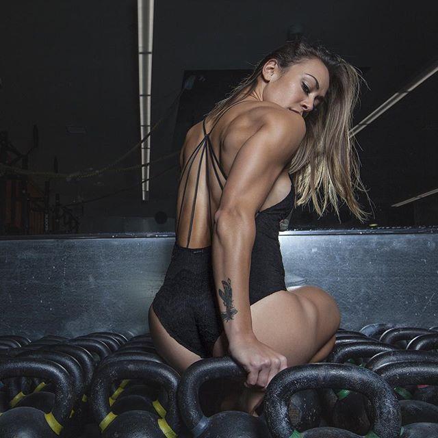 Fitness girlNikki Leonard