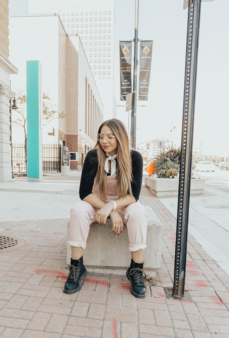 how to wear overalls, grunge style, utah blogger