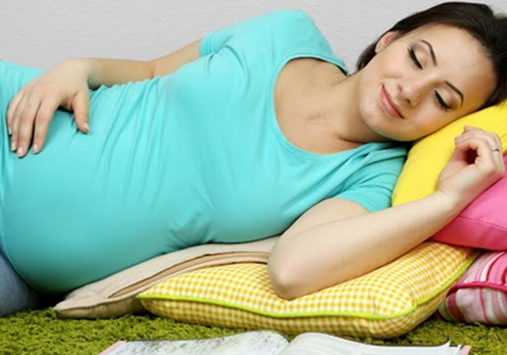 the best sleeping position during pregnancy back