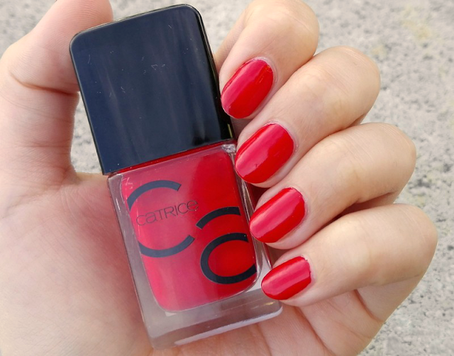 Catrice ICONails Gel Lacquer 05 It's All About Red