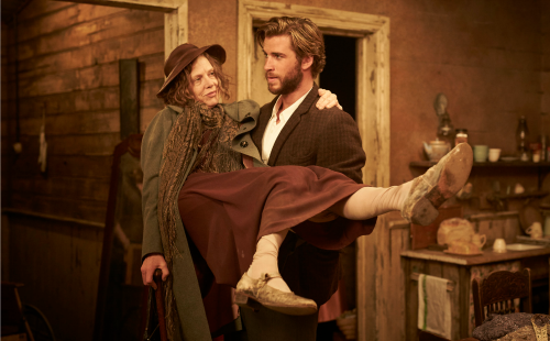 the-dressmaker-judy-davis-liam-hemsworth