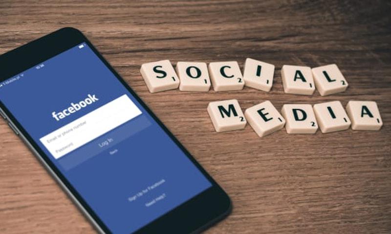 Jadi Seleb Facebook dengan Manfaatkan Fitur Story Ini!