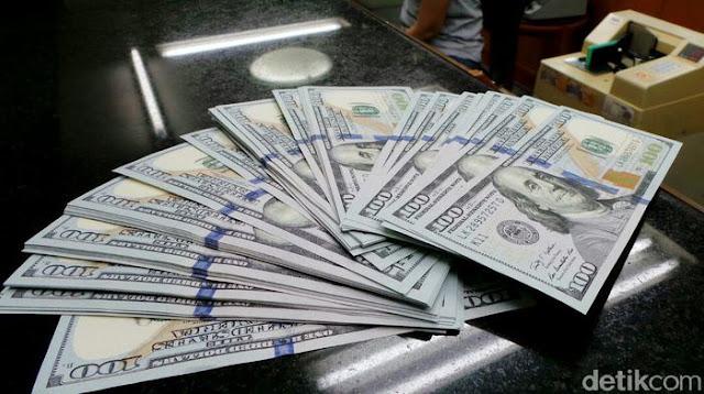 Naik Lagi, Dolar AS Siang Ini Tembus Rp 14.450