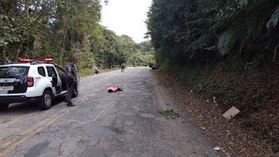 POLÍCIA MILITAR DETÉM CRIMINOSOS ARMADOS COM CARRO ROUBADO EM SETE BARRAS