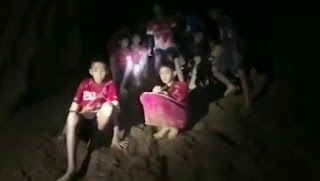 Found 12 children and a football coach missing for nine days in Thai cave