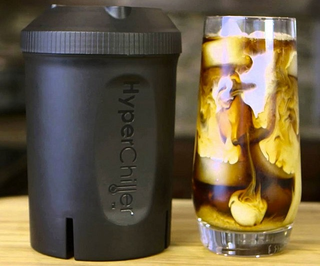 There's always time to fit a chilled cup of java into your busy day when you've got the hyper fast iced coffee maker! This 12.5 ounce container can chill a hot coffee by up to 130 degrees in just 60 seconds without dilution and can also be used with other beverages