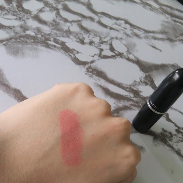 MAC Crème Cup lipstick