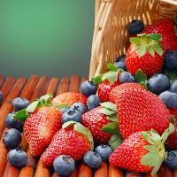 خلفية الفراولة مع التوت البري Strawberries and blueberries HD