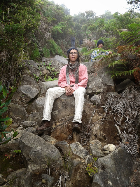 Tanjakan berbatu di gunung Papandayan